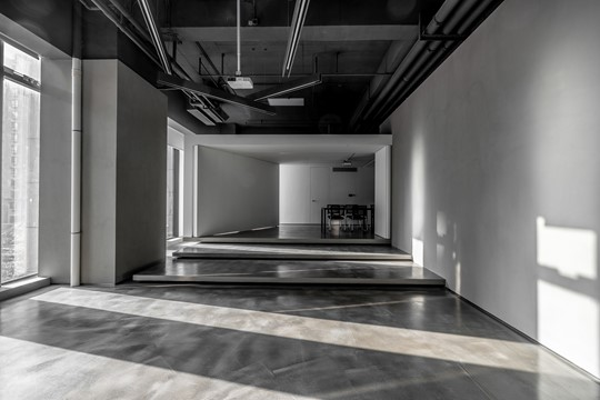多功能空間增強流動 充滿生命力的辦公室