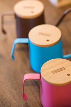 A-IDIO新「色」手沖咖啡壺 趕緊捉住櫻花的尾巴